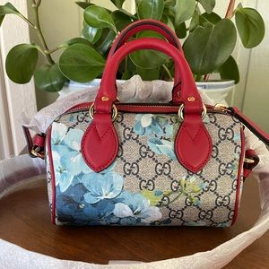 Gucci bloom GG supreme mini Boston